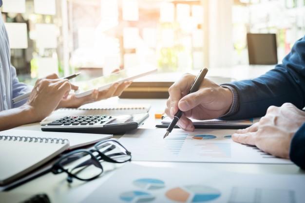 Procedura udzielania zamówień in-house – część 1 – regulacje ogólne, wynikające z trybu udzielania zamówienia z wolnej ręki.